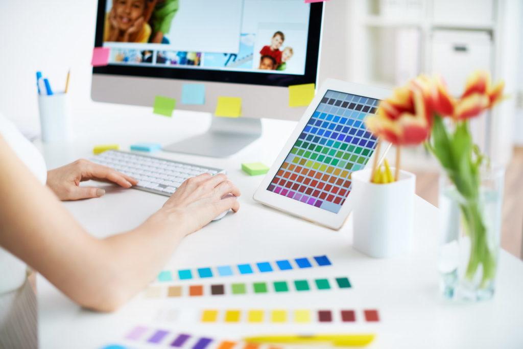 Dobieranie kolorów na stronę WWW